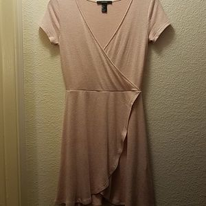 💞Forever 21 pale pink dress size s